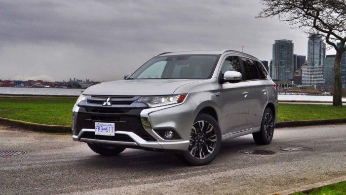 Mitsubishi Outlander PHEV kicks hybrid technology up a notch
