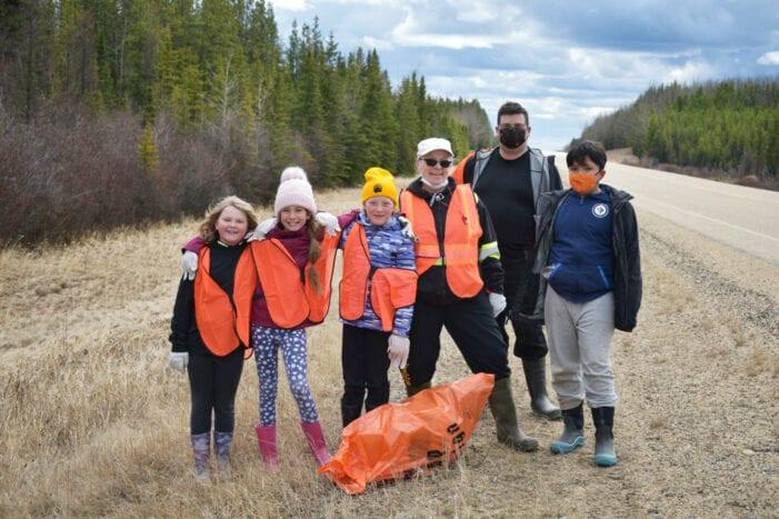 Swan Hills School Cleans Up On Highway 33